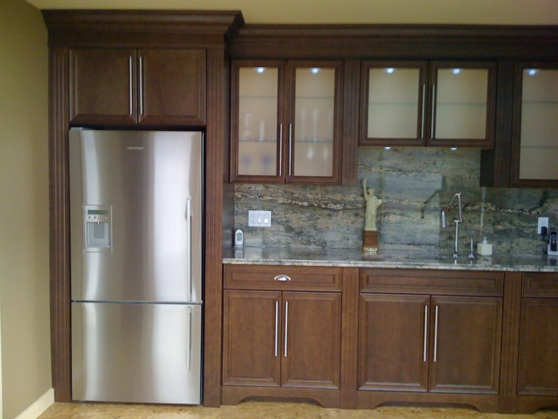 Built ins kelowna kitchens cabinetry for Kitchen cabinets kelowna
