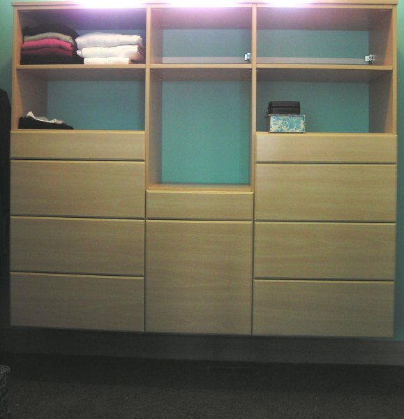 Closet Organizers- Kelowna Kitchens & Cabinetry