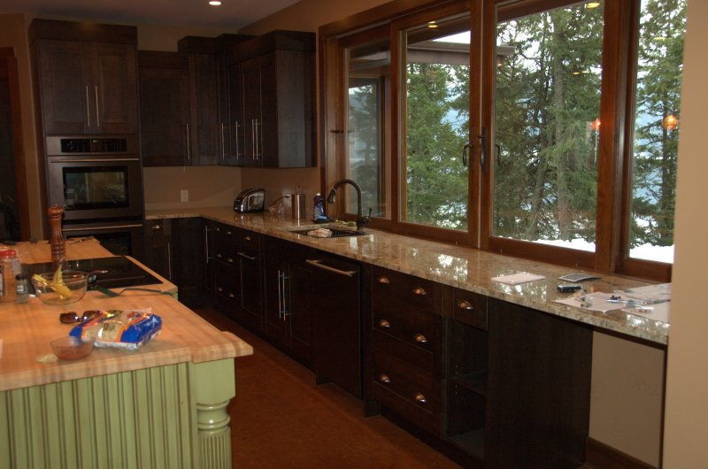 Kelowna Custom Kitchen Image