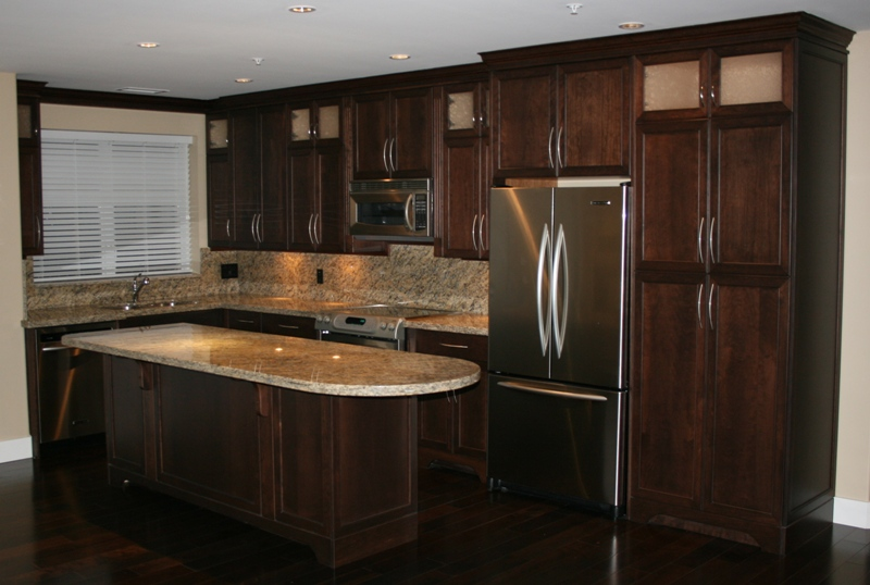Kelowna kitchens cabinetry for Kitchen cabinets kelowna